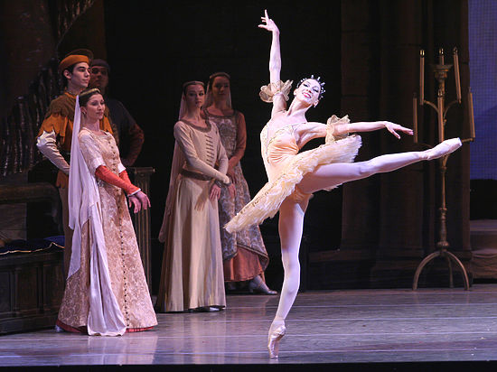 ПРЕКРАСНЫЙ СОН В БАДЕН-БАДЕНЕ<br>Балет «Раймонда» впервые покинул стены Мариинского театра